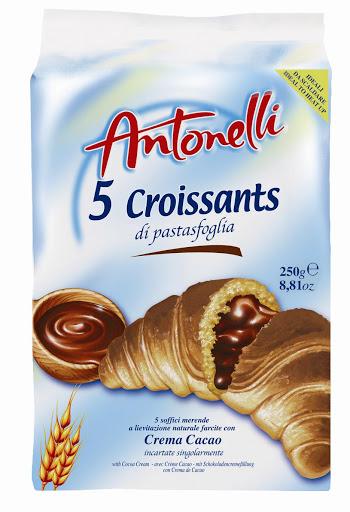Antonelli chocolate cream croissant